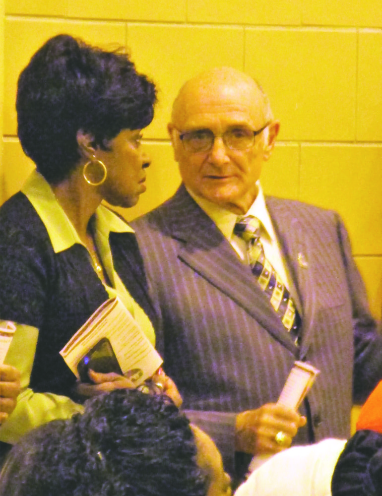 Pasquale says so long after 16 years as mayor