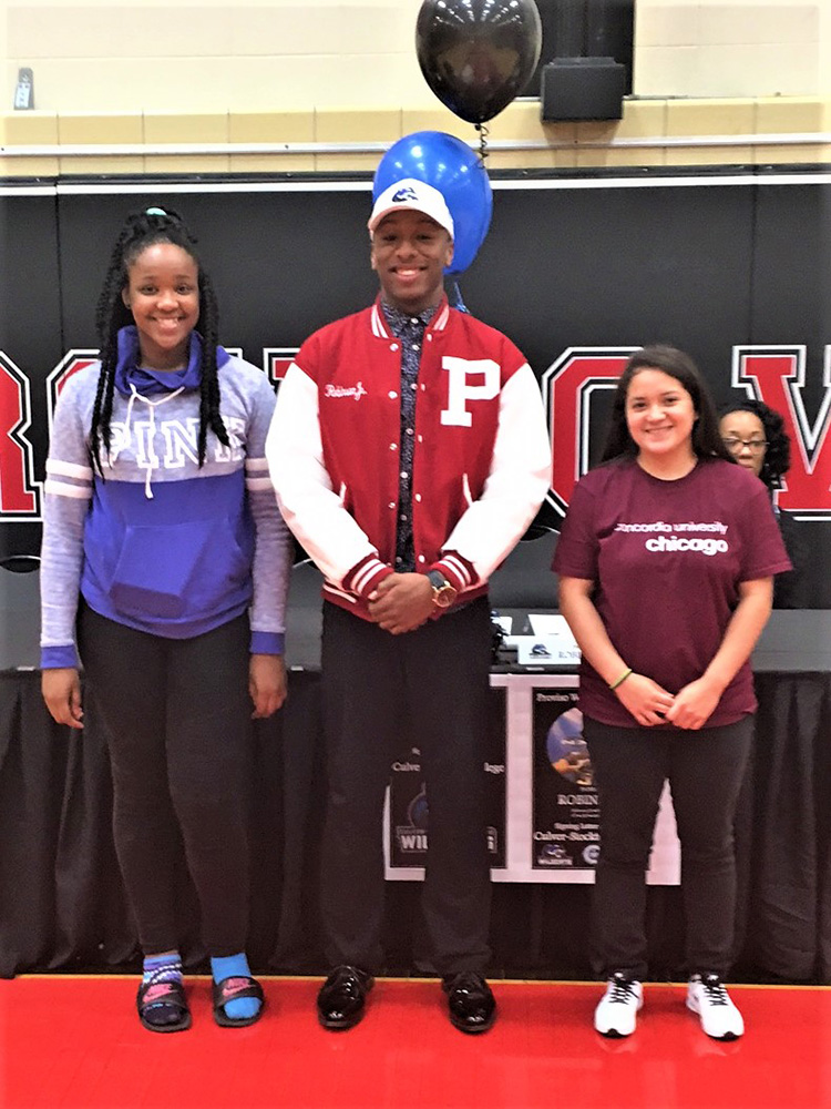 3 Proviso West seniors sign with colleges – West Suburban Journal