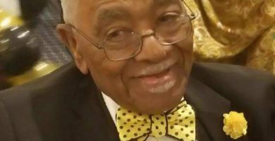 One of Chicago's remaining 'God Father's of the Black Church' dies at 98