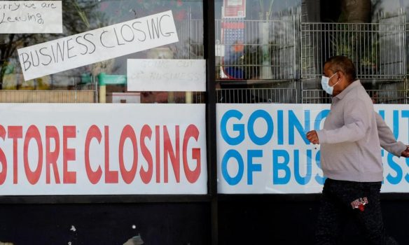 35% OF ILLINOIS' SMALL BUSINESSES ARE CLOSED A YEAR INTO COVID-19 RESTRICTIONS